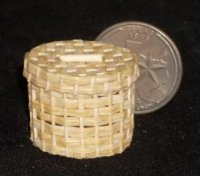 Basket Woven Round #B127 1:12 Miniature Mexican Straw