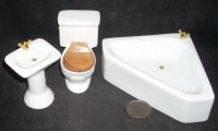 Bathroom Set Porcelain Triangular Tub, Toilet & Sink #T0523