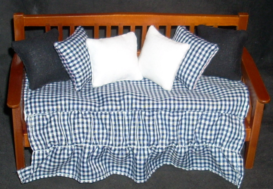 Daybed Walnut w/ Black White Checked Fabric 1:12 Miniature T7627